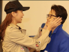 Thanh Hằng đăng ảnh nựng má Hà Anh Tuấn, fan lập tức trêu: 'Chồng chị tất nhiên phải làm tốt rồi'