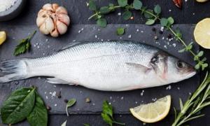 Ăn cá biển hay cá nước ngọt tốt hơn?