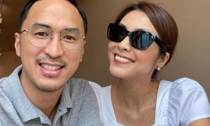 Vợ chồng Hà Tăng cùng khoe ảnh tình tứ hết mức: Sau hơn 10 năm vẫn ngọt ngào quá!