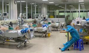 Bộ Y tế lo y bác sĩ bỏ việc