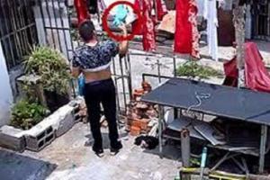 Phó chủ tịch xã bị kỷ luật vì nhiều lần trộm quần lót của cô hàng xóm