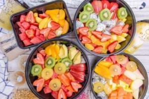 Ăn trái cây và uống nước ép trái cây, cái nào tốt hơn?