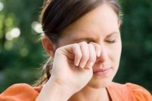 Thường xuyên thấy mệt mỏi, hôi miệng và nước tiểu màu vàng chứng tỏ gan bạn đang bị tổn thương nghiêm trọng