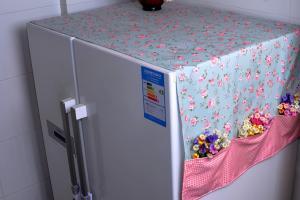 """Trên tủ lạnh ở nhà nhớ đừng để """"ba thứ đồ"""" này, nhất là loại thứ hai, biết đâu lại gây họa"""